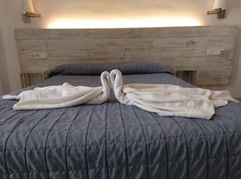 eb649-habitacions-hotel-corisco-tossa-de-mar-56.jpg